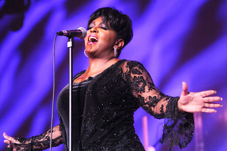 Anita Baker at Verizon Theatre at Grand Prairie